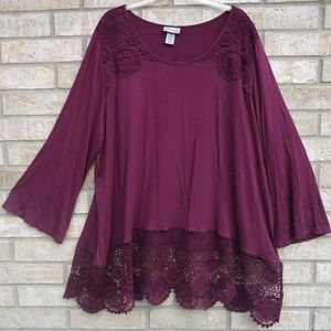 SIZE 2X 22/24W.CATHERINES  Top/Blouse/Tunic.